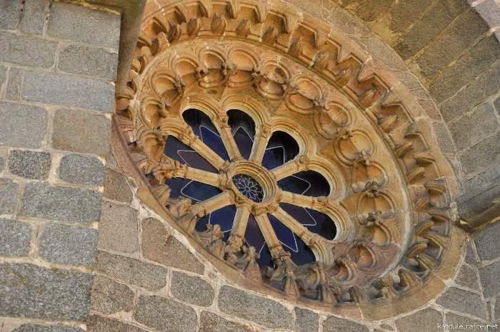 okno-baziliky2.jpg